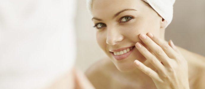 skin using hydroquinone