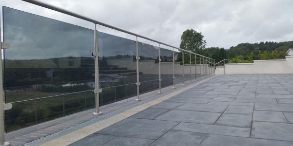 glass decking balustrade